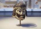 Escultura da cabeça de um rei