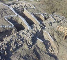 Local da escavação na antiga Laquis, em Israel. A cidade foi fortificada no tempo do rei Roboão. (Foto: Emil Aladjem)